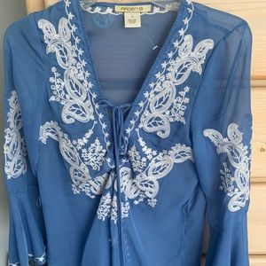 Arden B blouse or coverup